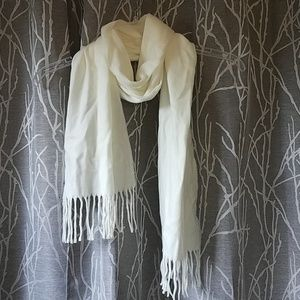 Cejon Super Soft White Scarf, New With Tags